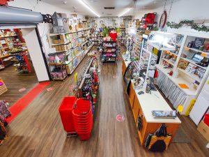 Firehouse-Pet-Shop-long-view-of-entrance