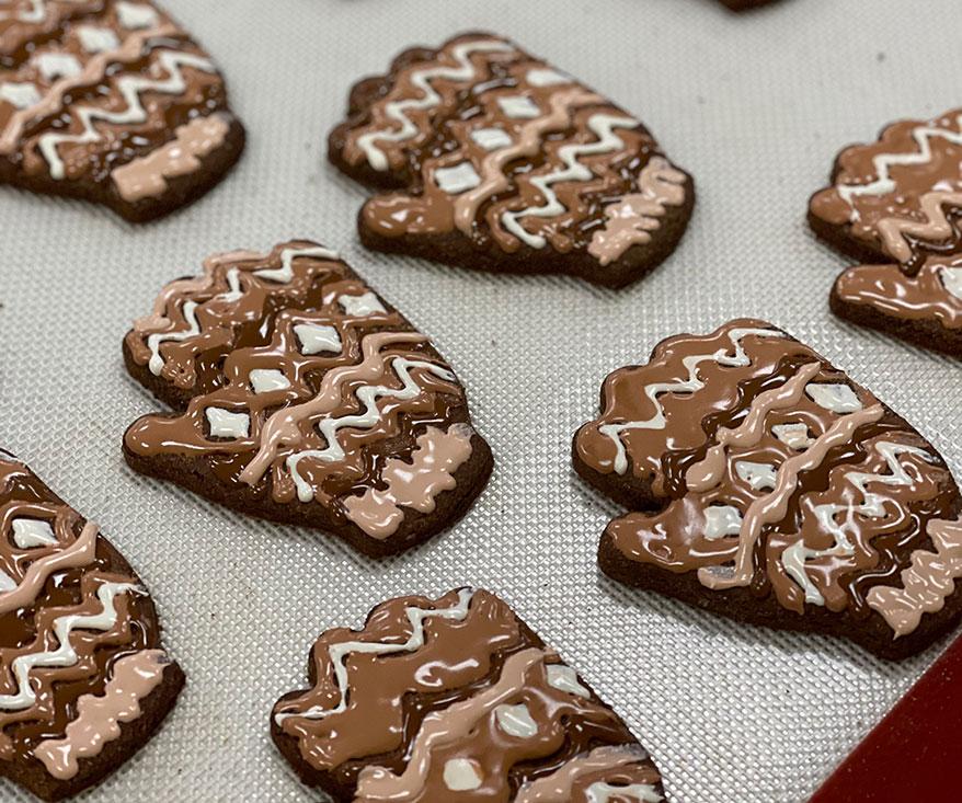 Wind Bern Mitten cookies